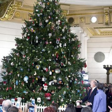 Gov. Tom Wolf kicks off the start of the Christmas season by pressing the button to light the 22-foot Douglas Fir tree, shining the light of the Christmas spirit in the hearts of all Pennsylvanians.