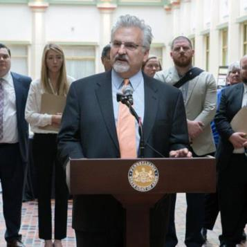 Rep. Mike Sturla speaks during the 'Clean Water Coalition Lobby Day' press conference to support legislation that protects and restores our local streams, creeks, and the Chesapeake watershed.