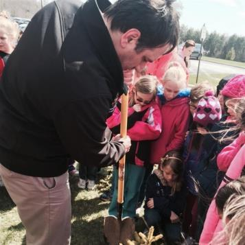 Representative Frank Burns planted trees with the 3rd grade class at Central Cambria.